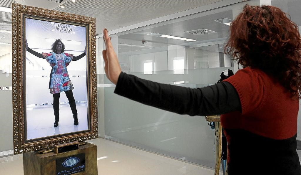 The virtual mirror, a new innovation for shopping