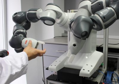 Testing de funciones con robótica colaborativa