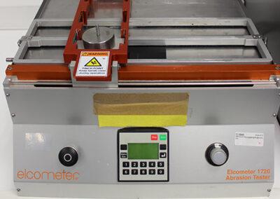 Diseño de ensayo de abrasión de coatings transparentes