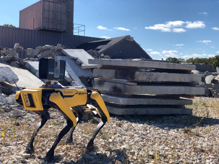 Collaborative robotics in hazardous environments