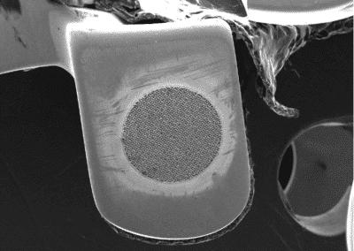 Characterization of metallic surfaces opacity